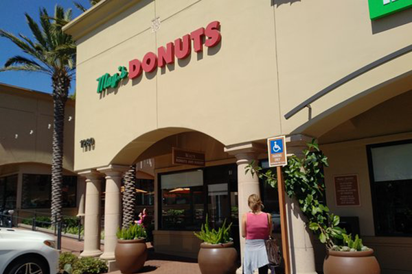 mag's donuts in newport beach, ca